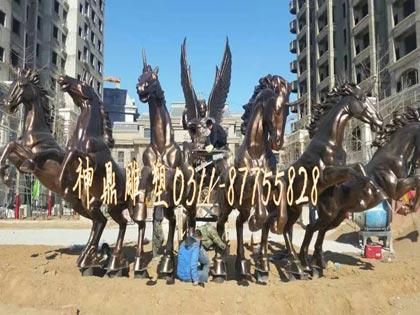 太阳神马雕塑