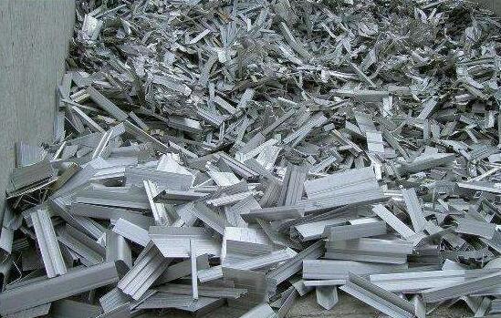 废钢材回收