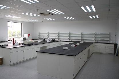 全钢实验室