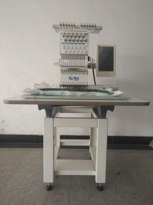 电脑绣花机