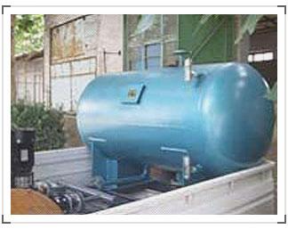 凝結水回收器