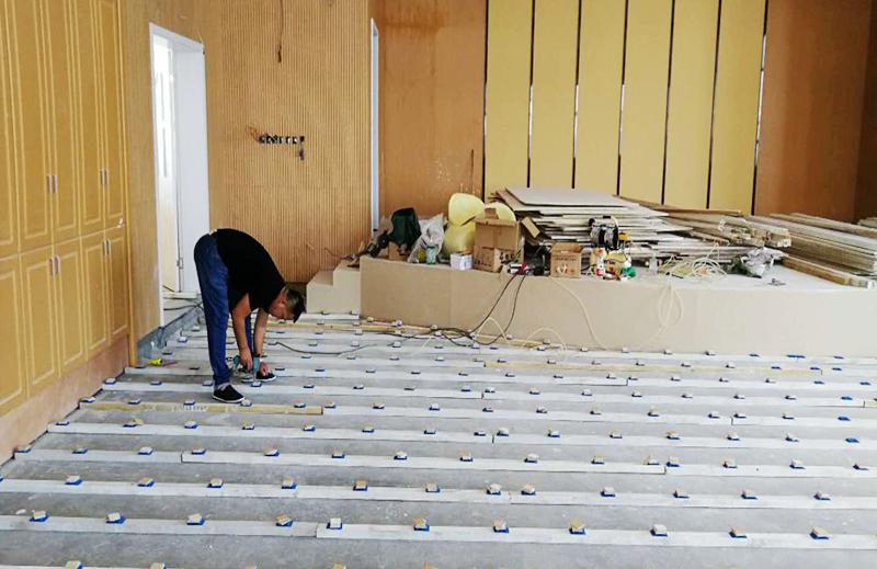 温州体育馆专用木地板施工现场