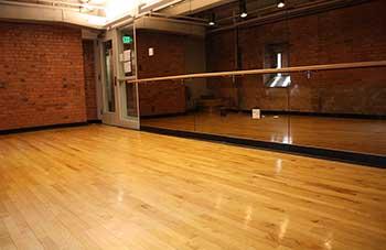 舞蹈室木地板