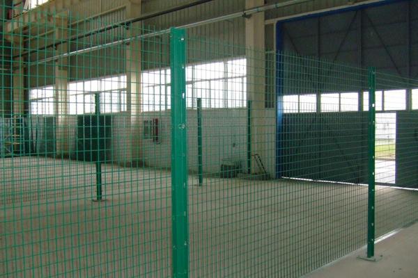C型柱护栏网