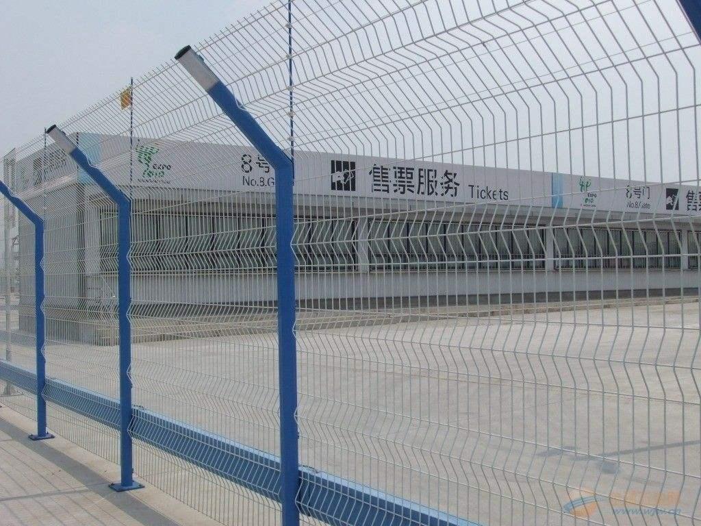 C型柱护栏网网片