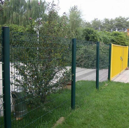 桃型柱围墙护栏