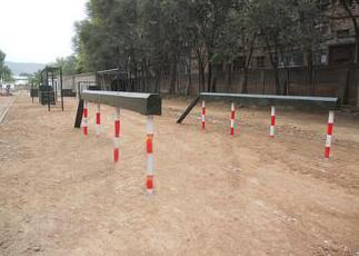 400米障碍器材