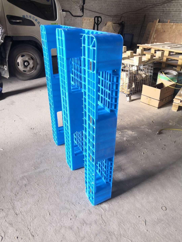 田字网格塑料托盘