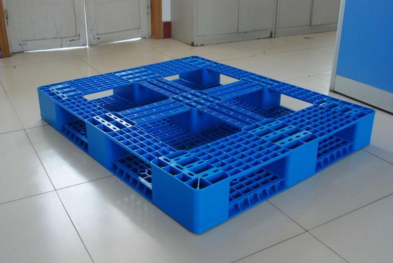 田字塑料托盘