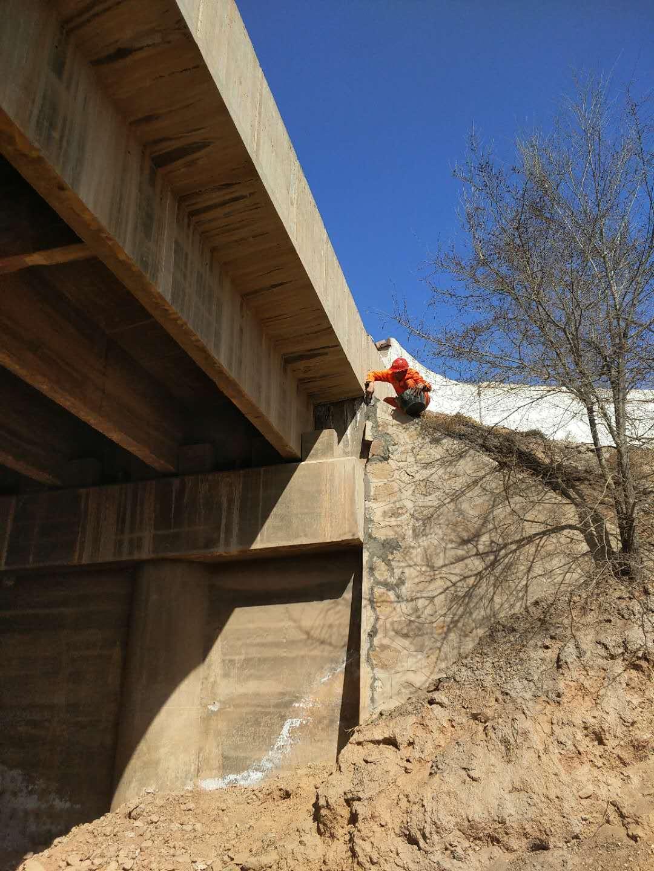 桥梁加固维修改造施工