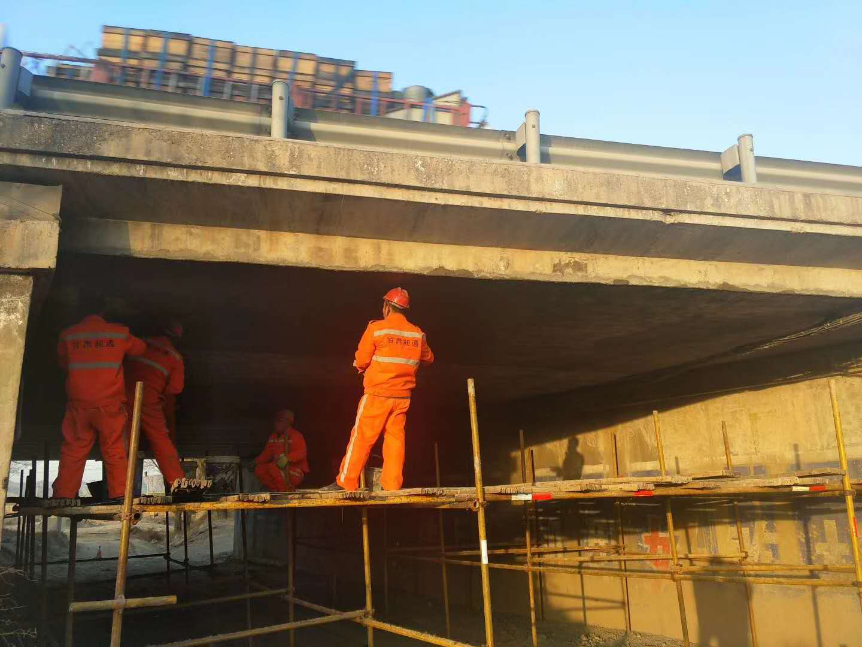 橋梁加固維修施工