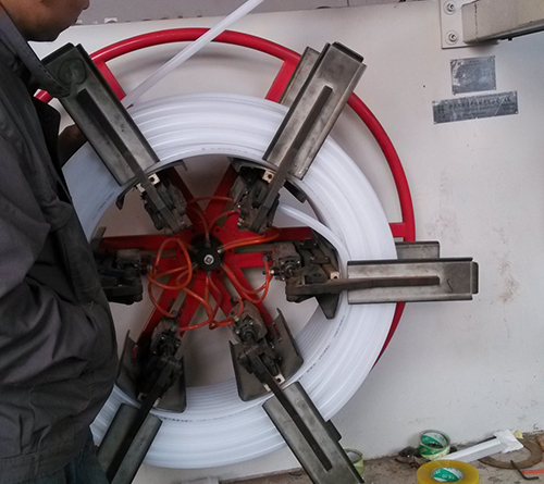 PERT地暖管生产打压