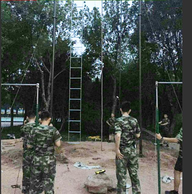 部队训练器材爬杆爬绳,500米障碍,军用单双杠