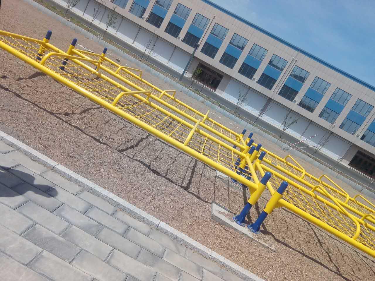 特警五项公安特警五项-低桩网,500米障碍,军用单双杠